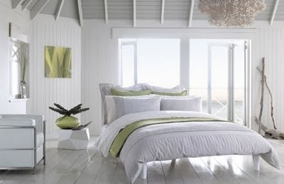 White-Bedroom-Design-Ideas-1.jpg