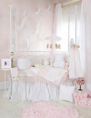 9aLittle-Diva-Baby-Girl-Crib-Bedding-des