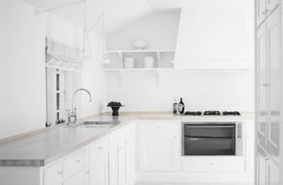 Classic-Framed-White-Kitchen-With-Ash.jp