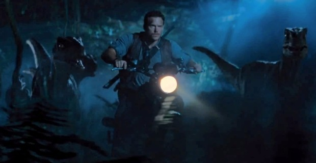 Jurassic-World-Raptor-Bike-Chase.jpg